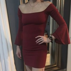 Glamzam Bodycon Dress With Flaired Sleeves Size S